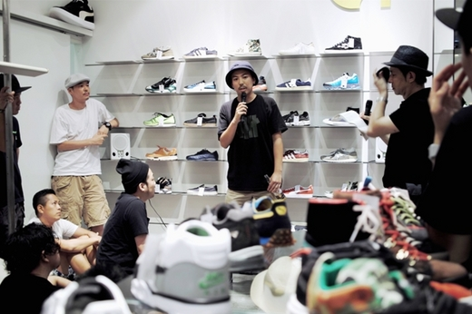 5th Anniversary 2013.8.8|An Omnibus Shoe Gallery Theme 5 Sneaker Speaker vol.5 Supported by SHOES MASTER_3.JPG